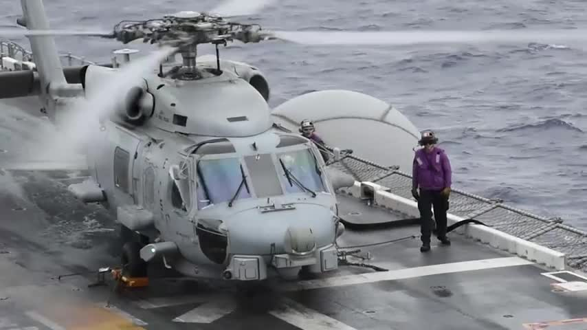 MH-60R Sea Hawks Embark Bonhomme Richard