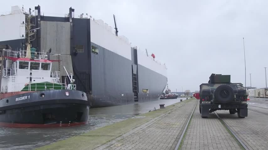 M/V Green Bay arrives in Bremerhaven port to offload cargo for DEFENDER-Europe 20